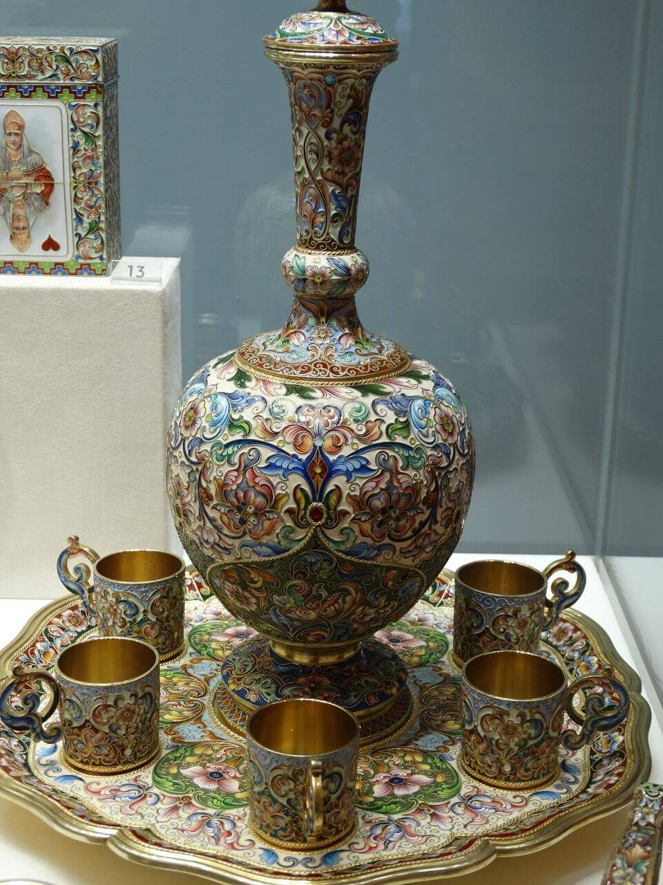 enamel urn and cups