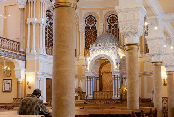 sanctuary of Grand Choral Synagogue