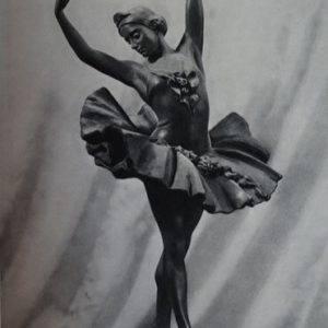statue of ballerina