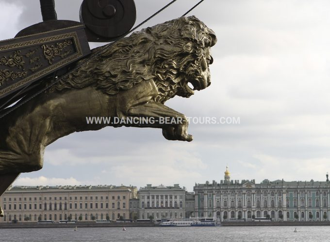 St Petersburg tours for land passengers and VISA free St Petersburg Shore
