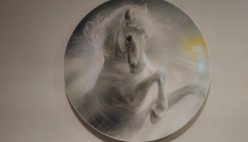Porcelain plate with horse painting